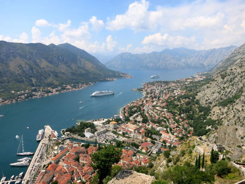 Bucht von Kotor, gesehen von der Festung St. Johan